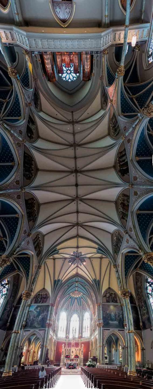 Cathedral-of-Saint-John-The-Baptist-Savannah-568x1440.jpg