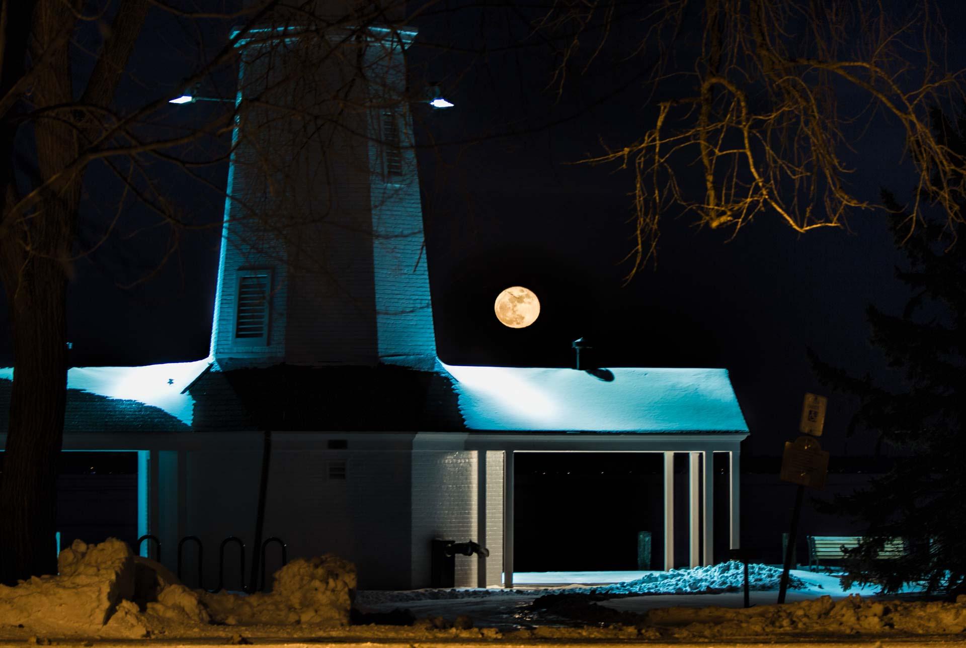 Moon rise over Lake Winnebago