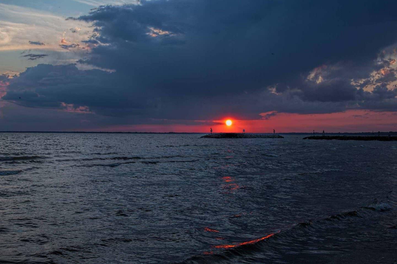 Sunset-at-High-Cliff-First-Shot-1440x960.jpg